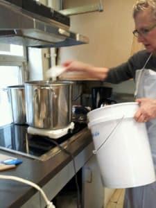 Cooking kozo pulp